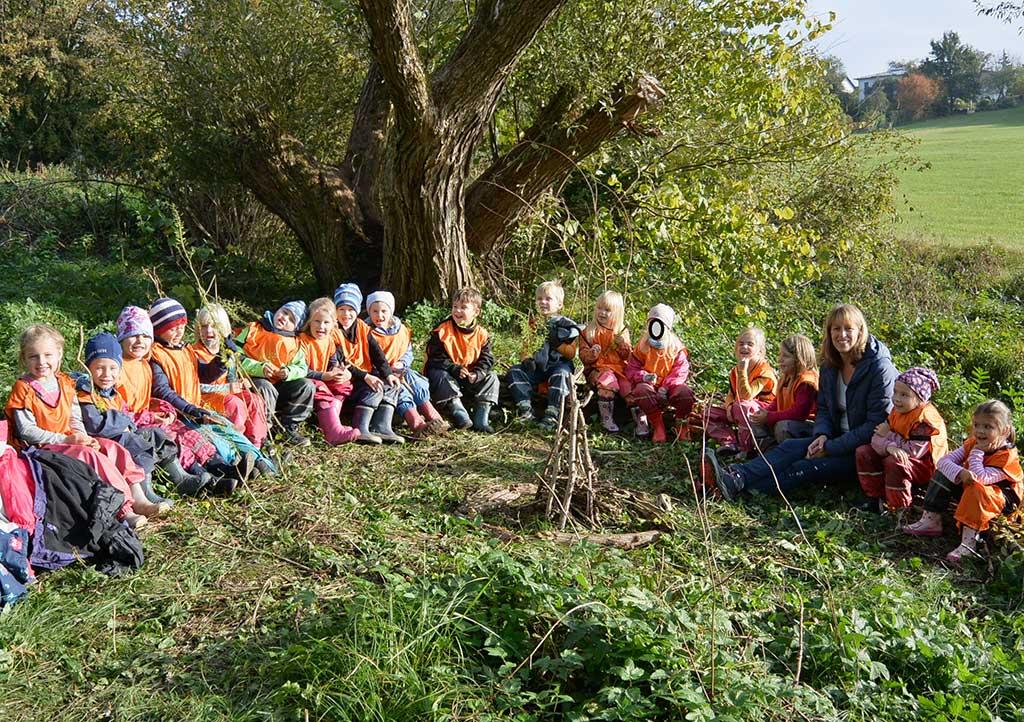 Kinder-der-Natur-und-Wiesengruppe-2020-21